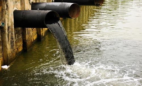 آلودگی آب